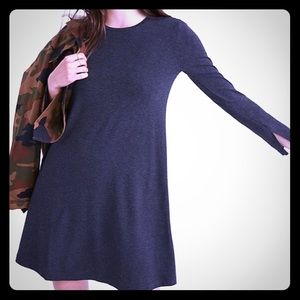 Madewell Long Sleeved Swingy Tee Dress: Grey